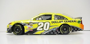 Matt Kenseth #20 1/24th 2013 Lionel Dollar General Toyota