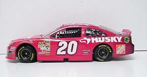 Matt Kenseth #20 1/24th 2013 Lionel Husky Toyota